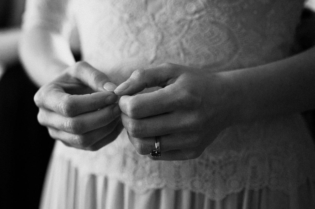 bruidsfotografie & trouwfotograaf - hands